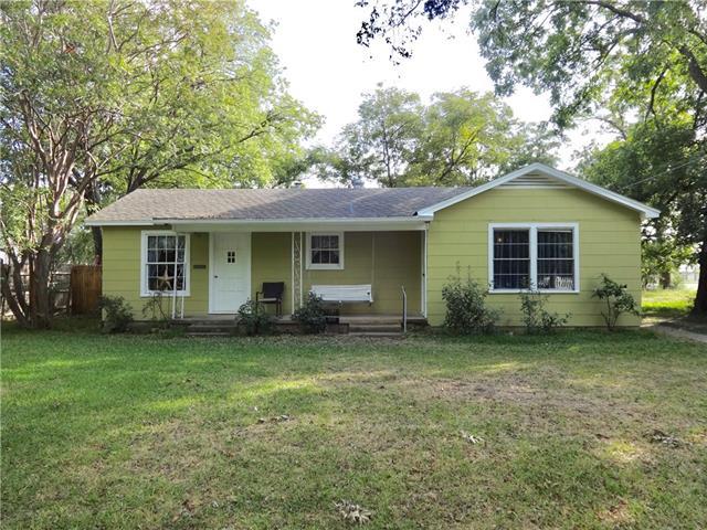 Photo of 5912 Posey Lane  Haltom City  TX