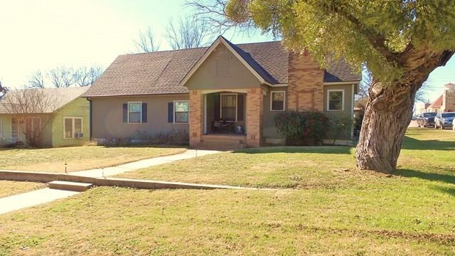 309 N 6th Street, Ballinger, TX 76821