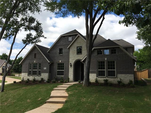604 Creekwood Lane Grand Prairie, TX 75052