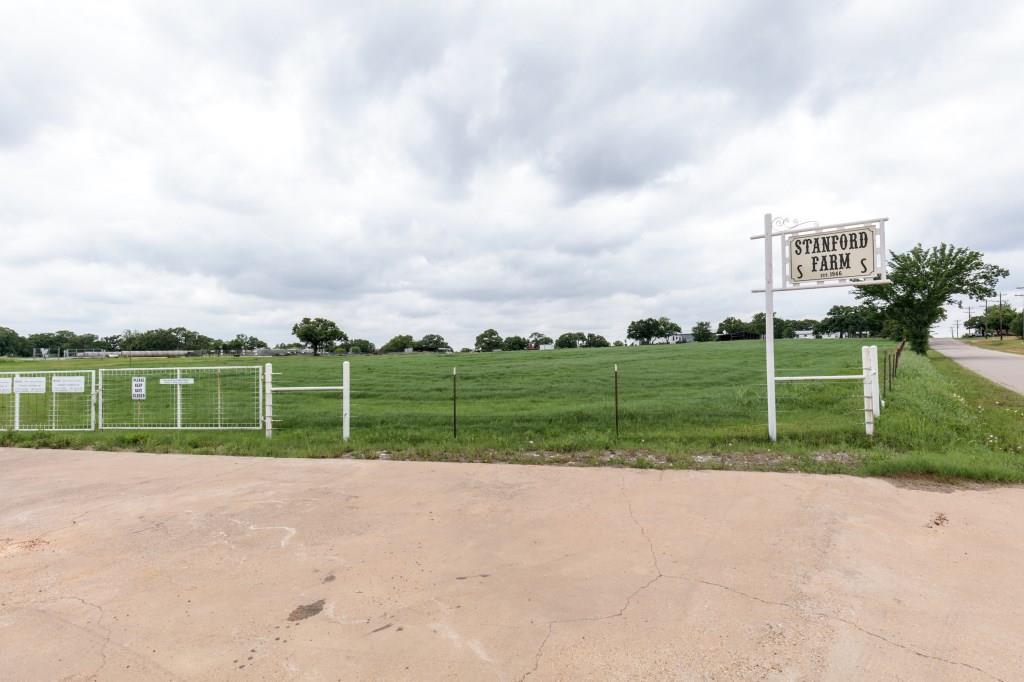 1500 County Road 602 Burleson, TX 76028