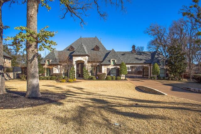 1402 Norwegian Wood Court, Mansfield, Texas