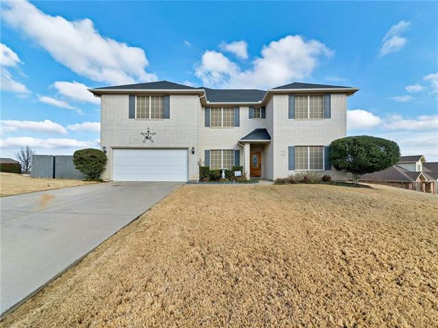 1001 Red Cedar Way, Burleson, Texas