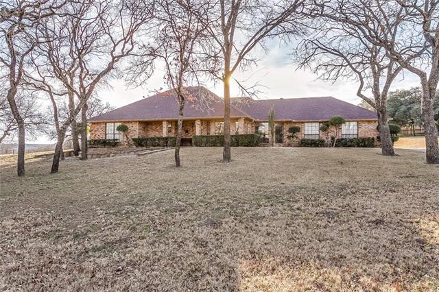 110 Beech Court, Hudson Oaks, Texas