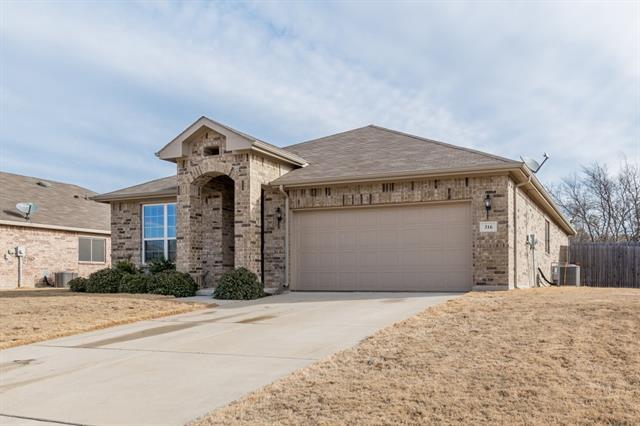 316 Mesa Vista Drive Crowley, TX 76036
