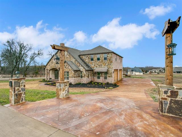 3018 Crossing Drive Anna, TX 75409