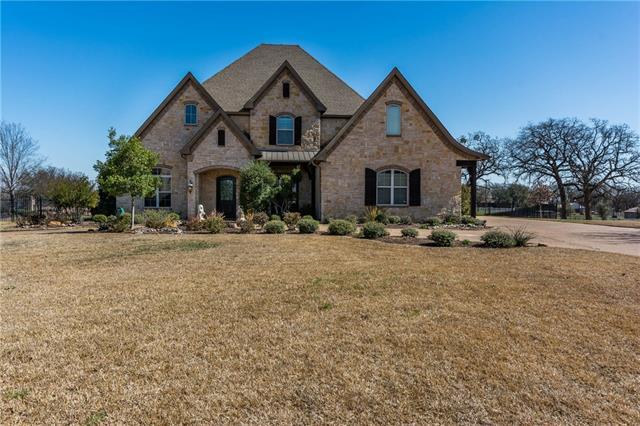 7316 Diamond Oaks Drive, Mansfield, Texas