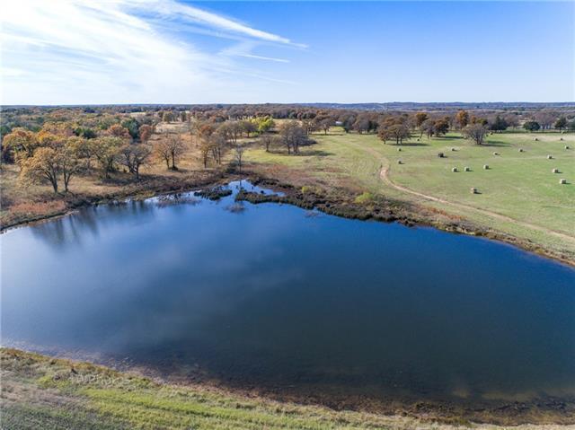 9450 Fm 902 Collinsville, TX 76233