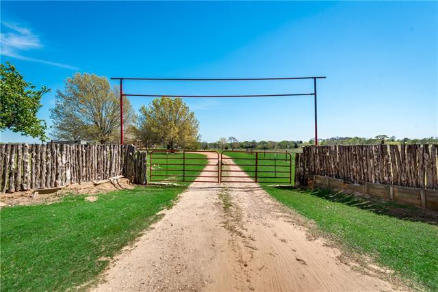 233 F County Road 341 Oakwood, TX 75855