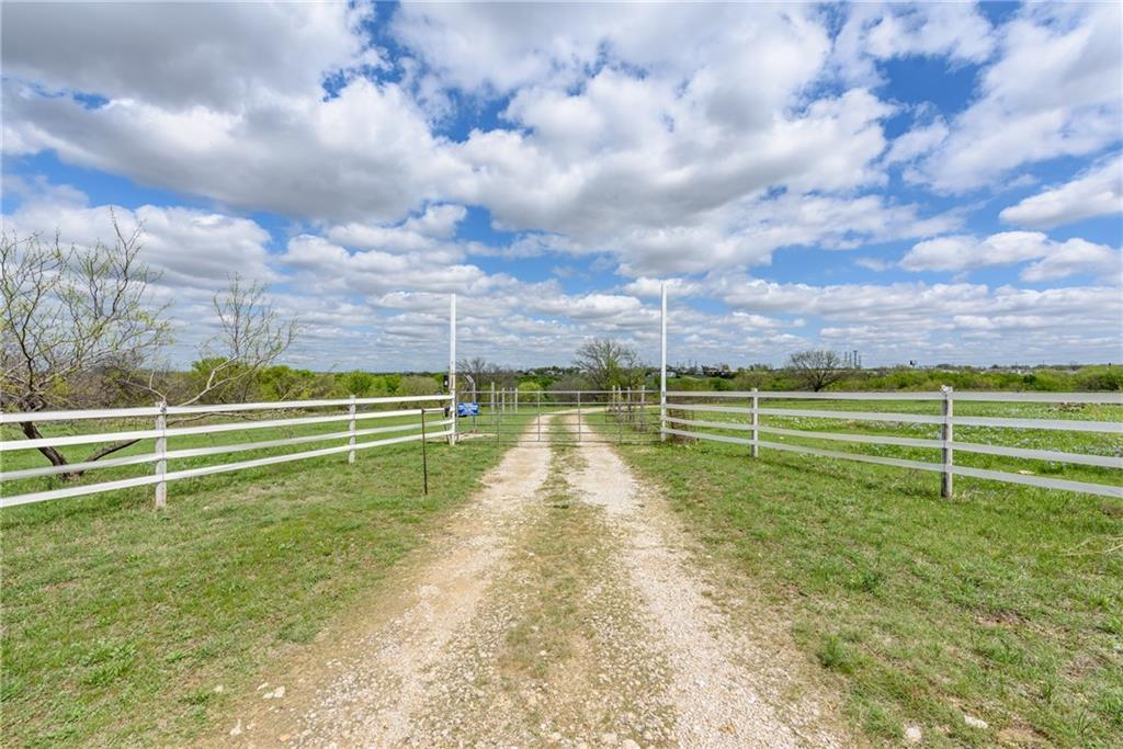 7350 Lake Country Drive Fort Worth, TX 76179