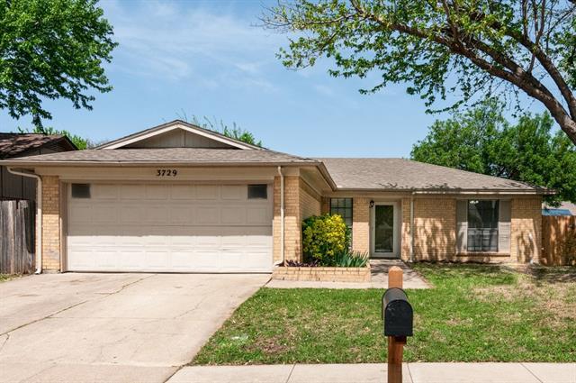 3729 Longstraw Drive, Summerfields, Texas