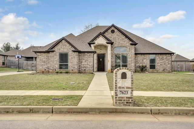 7623 Laurel Springs Lane, Tyler, Texas
