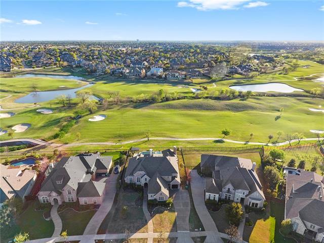 2720 Seven Shields Lane, Castle Hills, Texas