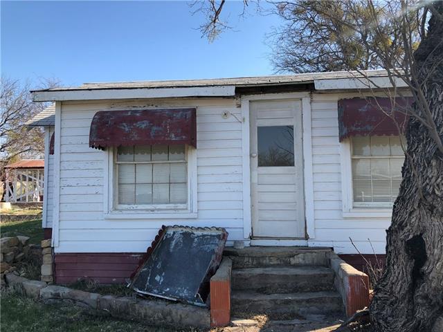 816 Railroad Street Albany, TX 76430