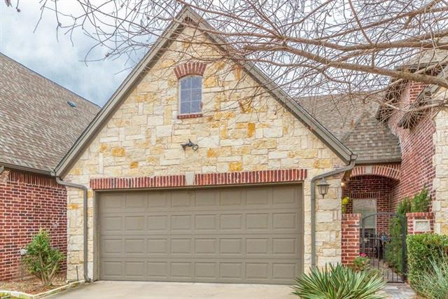 604 N Avalon Court Granbury, TX 76048