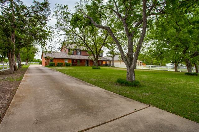5715 Sachse Road, Sachse in Dallas County, TX 75048 Home for Sale