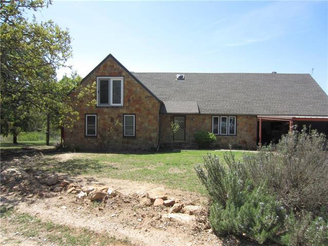 208 County Road 4372 Decatur, TX 76234