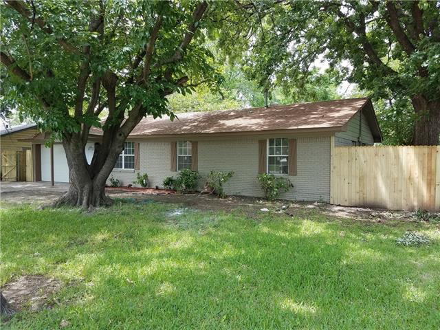 203 E Gertrude Street Crandall, TX 75114