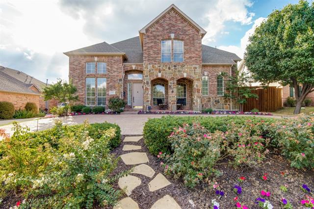 1112 Holy Grail Drive, Castle Hills, Texas