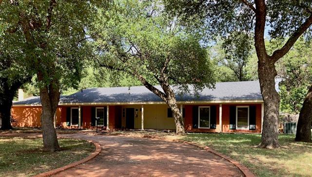 1609 Woodridge Drive Abilene, TX 79605