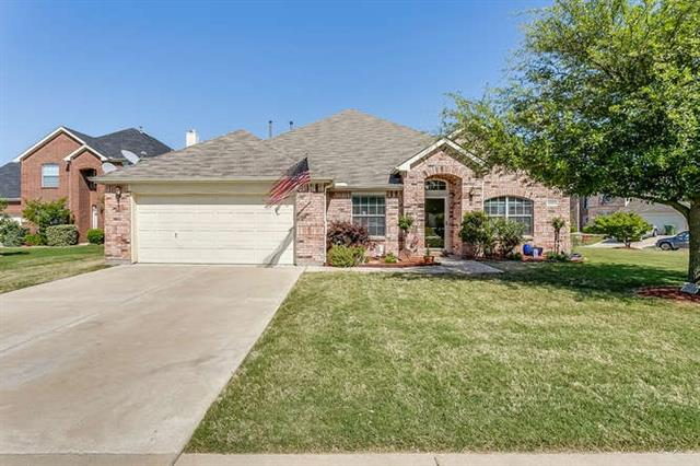 3200 Silver Point Court, Mansfield in Tarrant County, TX 76063 Home for Sale