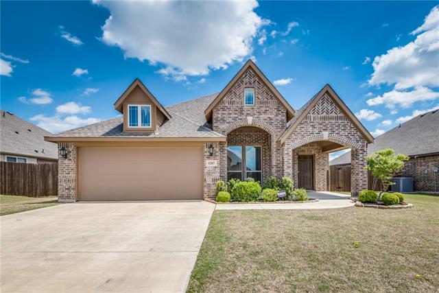 1207 Star Grass Drive, Mansfield in Johnson County, TX 76063 Home for Sale