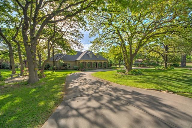 Keller Homes for Sale -  Cul de Sac,  1419 Hickory Court