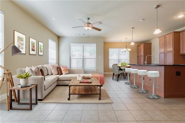 946 Brook Forest Lane, Euless, Texas