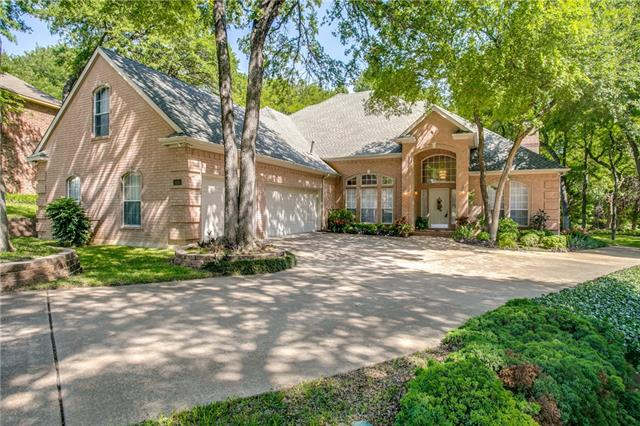 524 Sir Roland Drive Grand Prairie, TX 75052