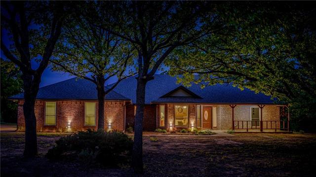 7700 Oak Country Lane, Mansfield, Texas