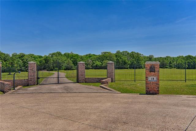 18 Woodland Court Mansfield, TX 76063