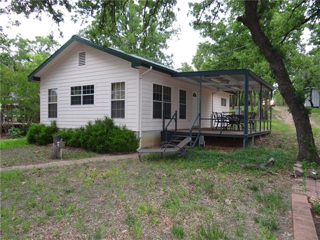 293 County Rd 1742 Chico, TX 76431