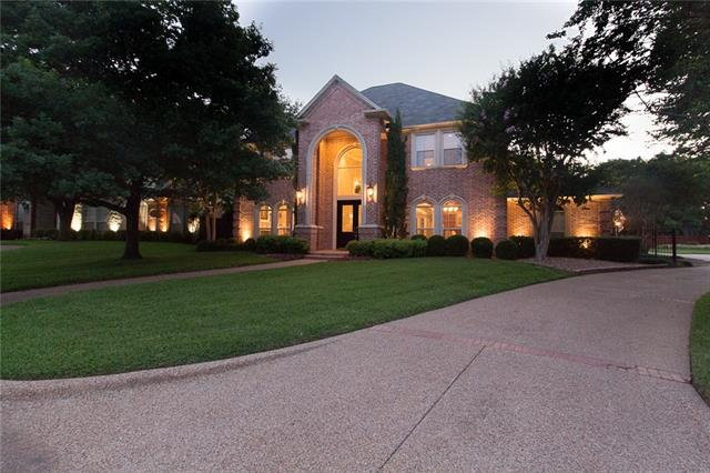 5800 Archbishop Court Arlington, TX 76017