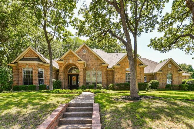 2 Toscany Court, Mansfield, Texas