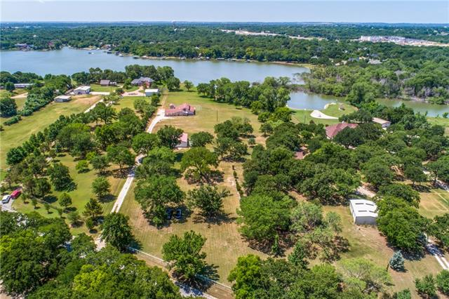 1360 Park Street Azle, TX 76020