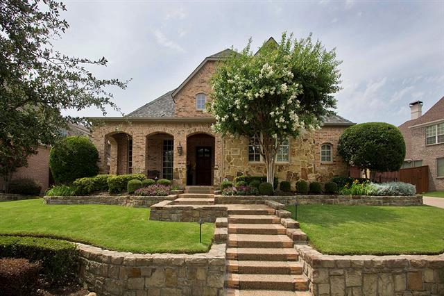 1105 King Mark Drive, Castle Hills, Texas