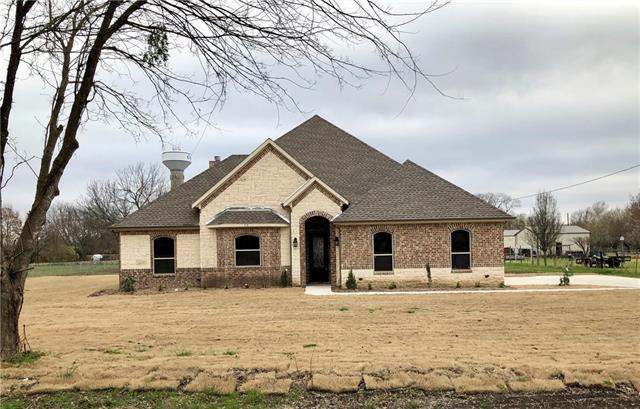 113 Silverwood Drive Ovilla, TX 75154
