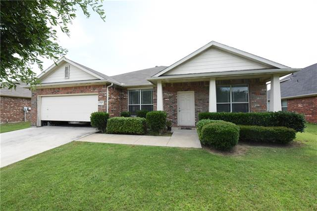 717 Bowie Lane, Mansfield in Tarrant County, TX 76063 Home for Sale