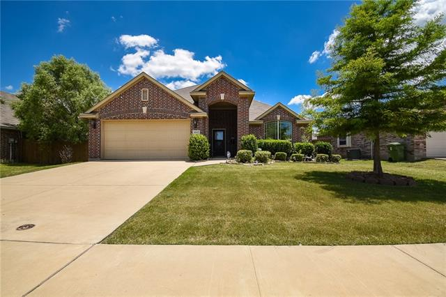 4612 Valleyview Drive, Mansfield in Tarrant County, TX 76063 Home for Sale
