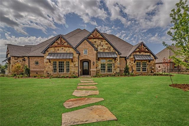 2090 Cannon Drive, Mansfield, Texas