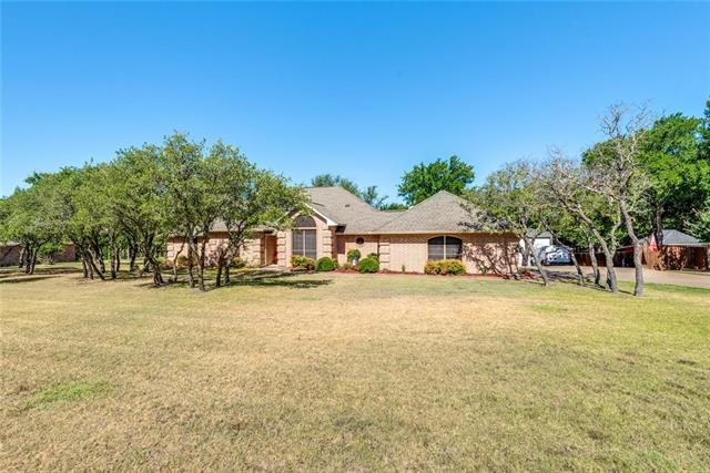 208 Rob Lane, Hudson Oaks, Texas