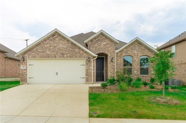 One of Fort Worth Alliance 3 Bedroom Homes for Sale at 3013 Sangria Lane