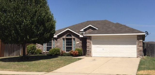 707 Bayshore Drive, Mansfield in Tarrant County, TX 76063 Home for Sale