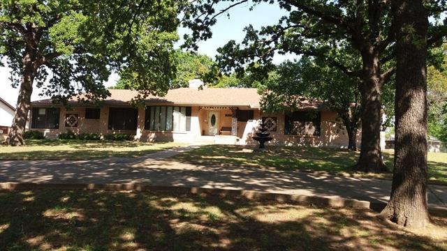 1400 Cimarron Trail Hurst, TX 76053