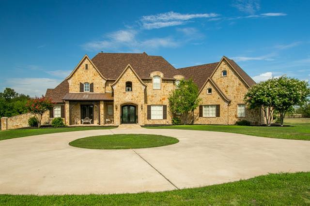725 Manor Drive, Argyle, Texas