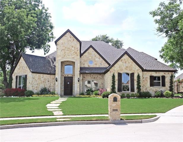 2209 Stone Hollow Drive Rowlett, TX 75088