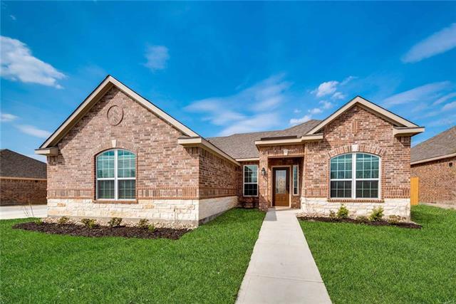 609 Roaring Springs Drive Glenn Heights, TX 75154