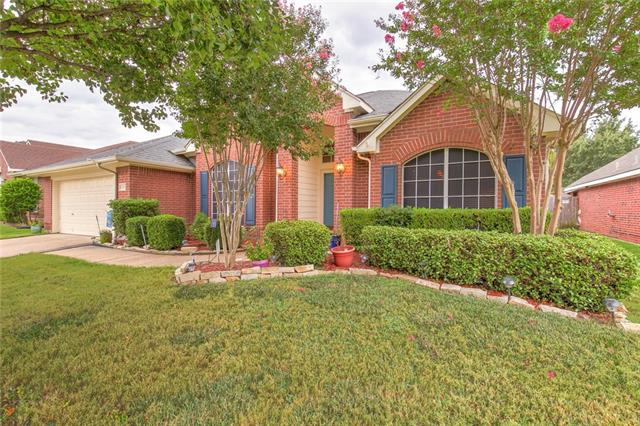 2214 Richmond Circle, Mansfield in Tarrant County, TX 76063 Home for Sale