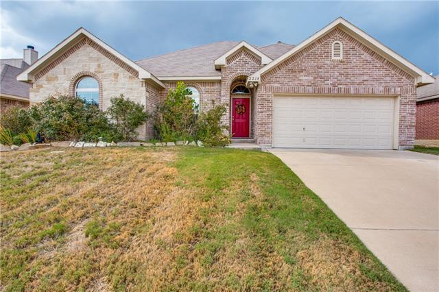 2218 Cancun Drive, Mansfield in Tarrant County, TX 76063 Home for Sale