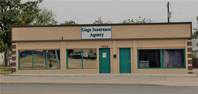 1209 S Bridge Street, Brady, TX 76825