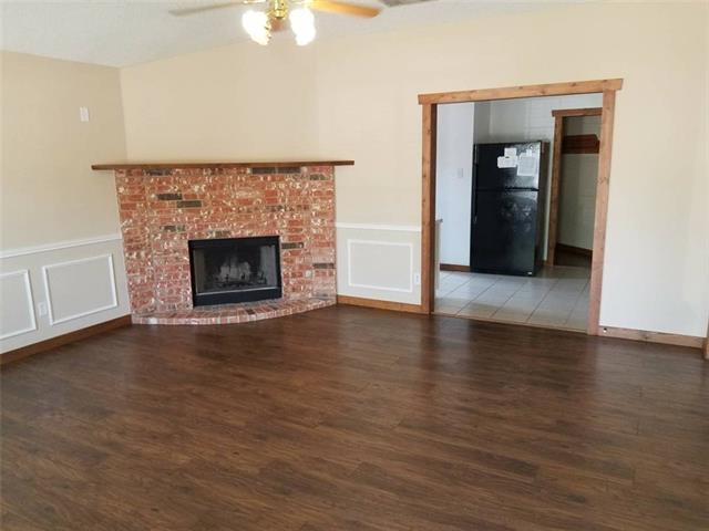 518 Berryhill Drive, Mansfield in Tarrant County, TX 76063 Home for Sale